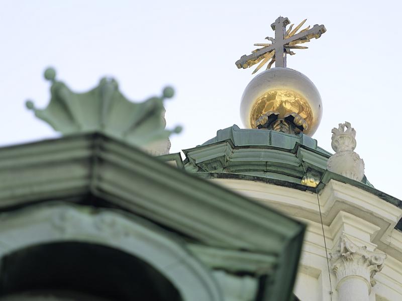 Karlskirche Wien Kuppelkreuz