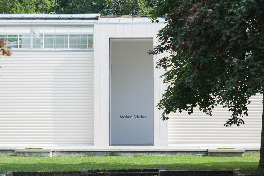 Aussenansicht Österreich Pavillon bei der Kunstbiennale Venedig, Mathias Poledna, 2013