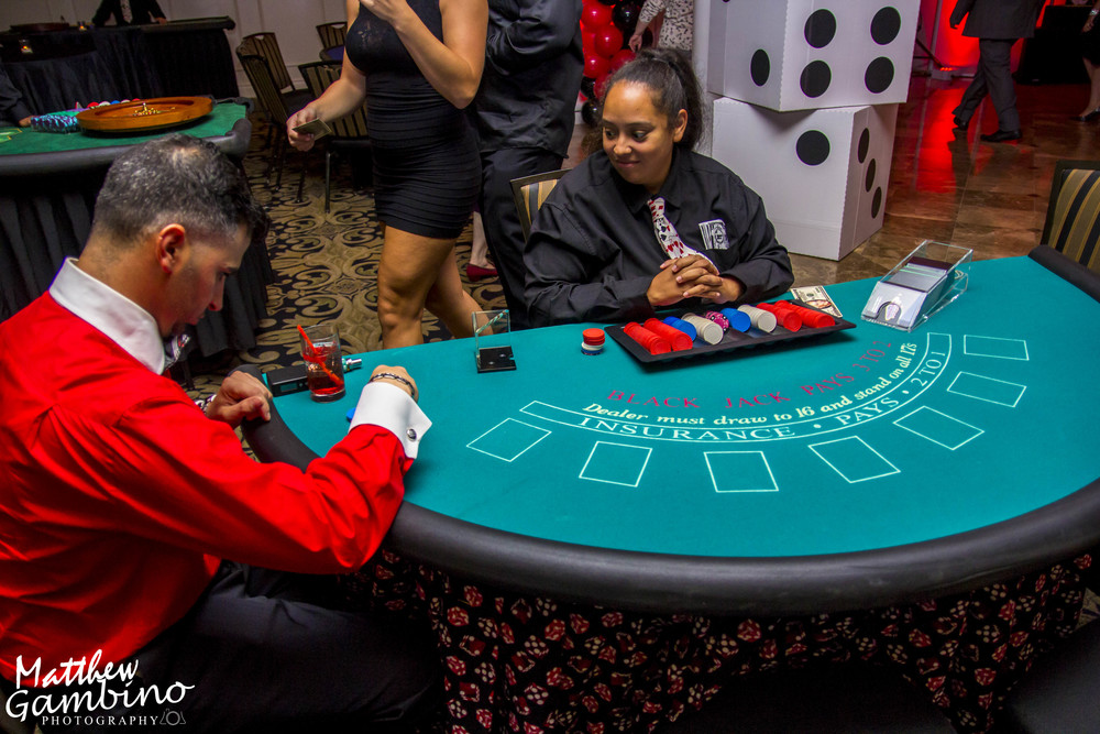 2015Debbies_Casino_Matthew_Gambino_Photohrapy118.JPG