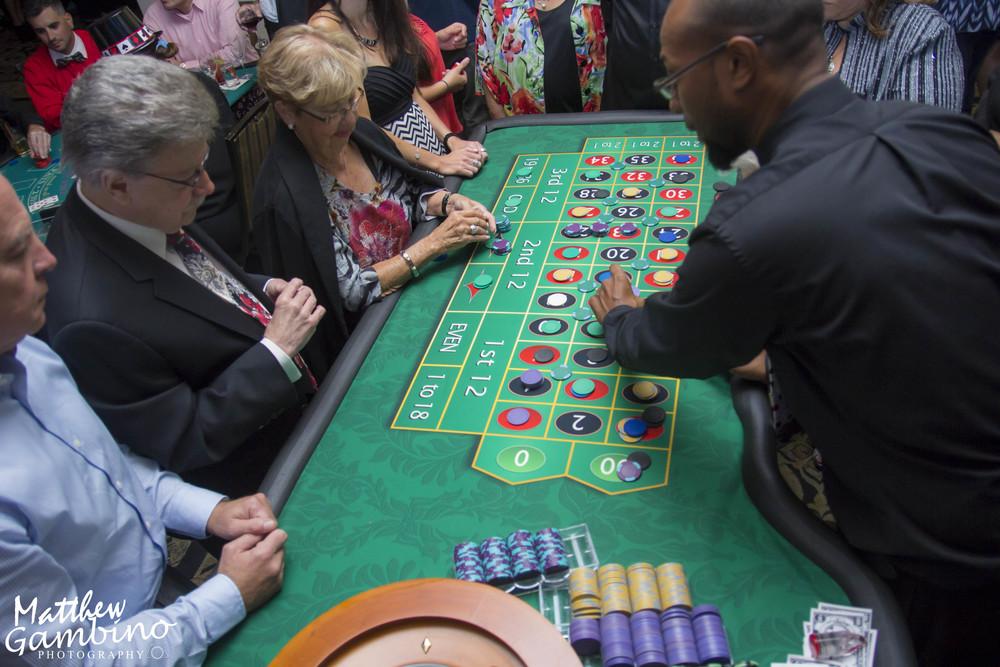 2015Debbies_Casino_Matthew_Gambino_Photohrapy230.JPG
