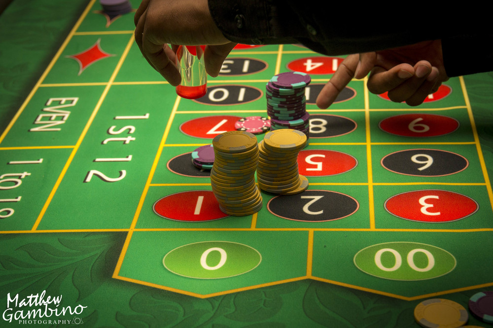 2015Debbies_Casino_Matthew_Gambino_Photohrapy240.JPG
