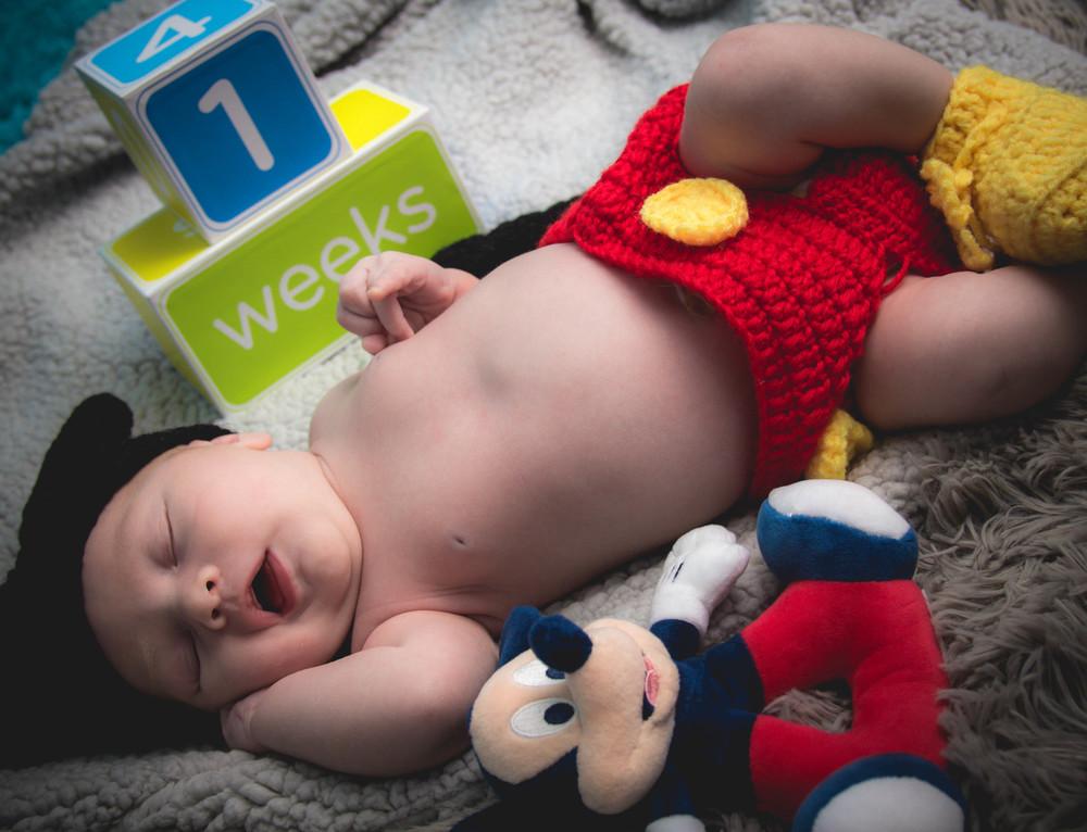 Leo_Baby_Shoot10.jpg