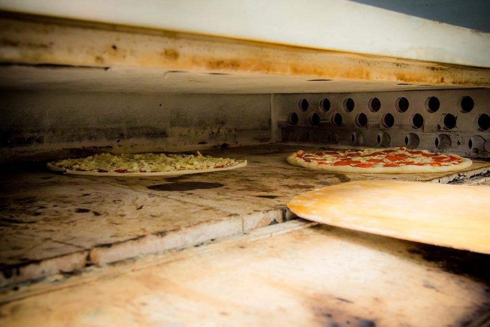 Poppys_Pizzeria24.jpg