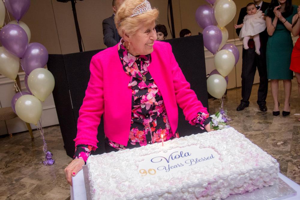 Viola_90th_Birthday281.jpg