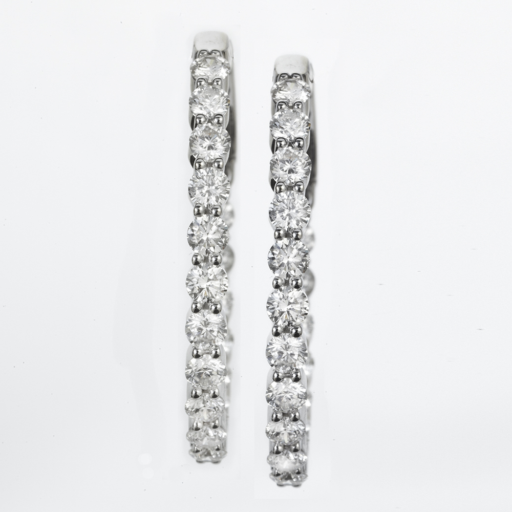 18 KARAT WHITE GOLD AND DIAMOND INSIDE OUT HOOP EARRING