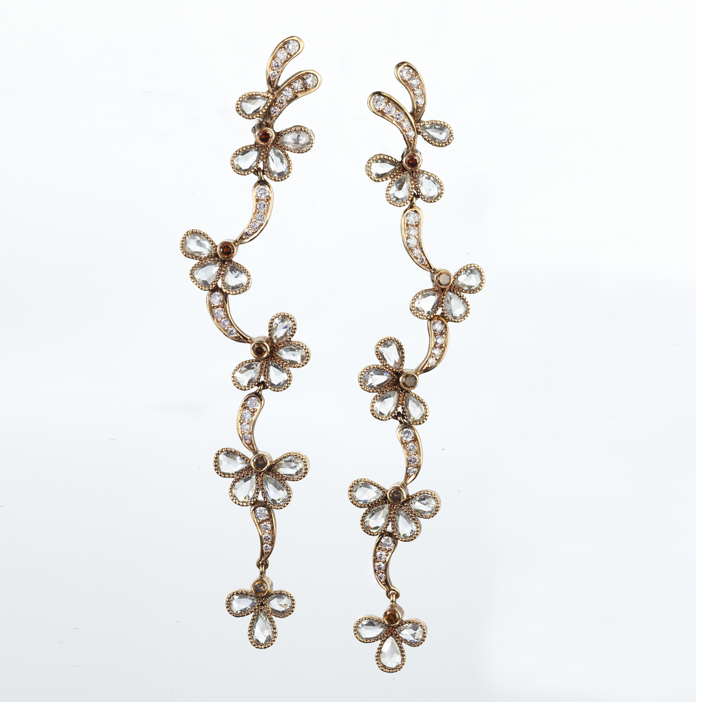 18 KARAT ROSE GOLD DROP EARRINGS WITH COGNAC AND WHITE DIAMONDS
