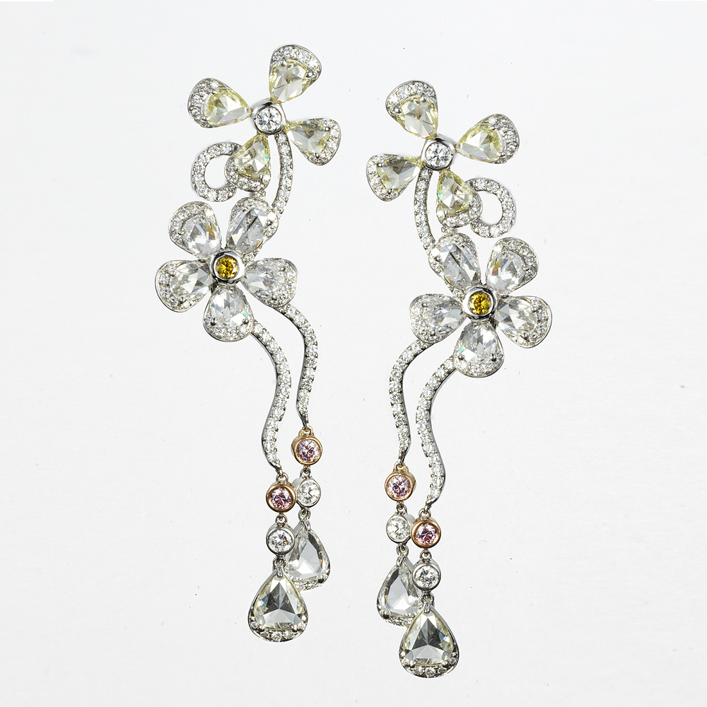 18 KARAT WHITE AND ROSE GOLD DROP EARRINGS WITH WHITE AND PASTEL DIAMONDS
