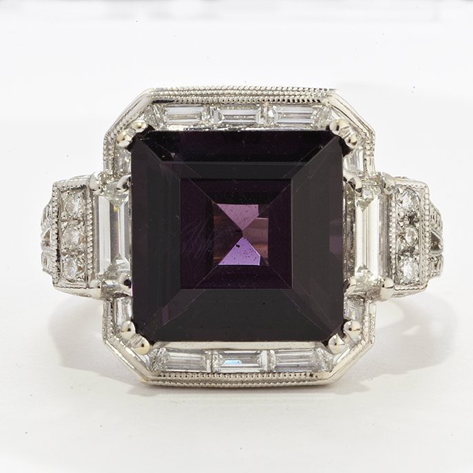 18 KARAT WHITE GOLD PURPLE SPINEL AND DIAMOND RING