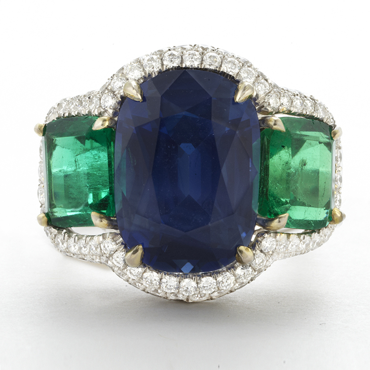 PLATINUM, KASHMIR SAPPHIRE, EMERALD AND DIAMOND RING