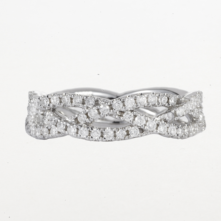 14 KARAT WHITE GOLD AND DIAMOND BAND