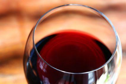 137349-425x282-red-wine-glass.jpg