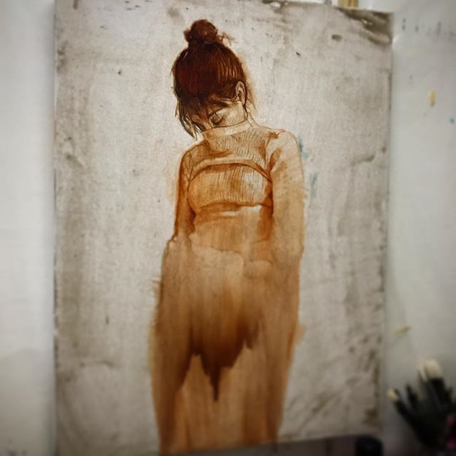 Starting something new. ✨Under painting, oil on @fredrixcanvas Pro Dixie 12 oz canvas  #wip #fredrixcanvas #oilpainting #underpainting  Thank you @ycloaiza for posing 🖤