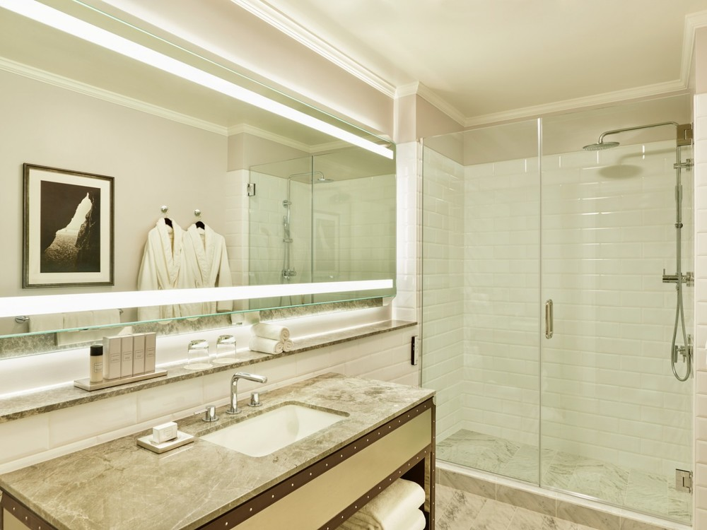 lux373gb-166441-Junior-Suite-Bathroom-1440x1080.jpg