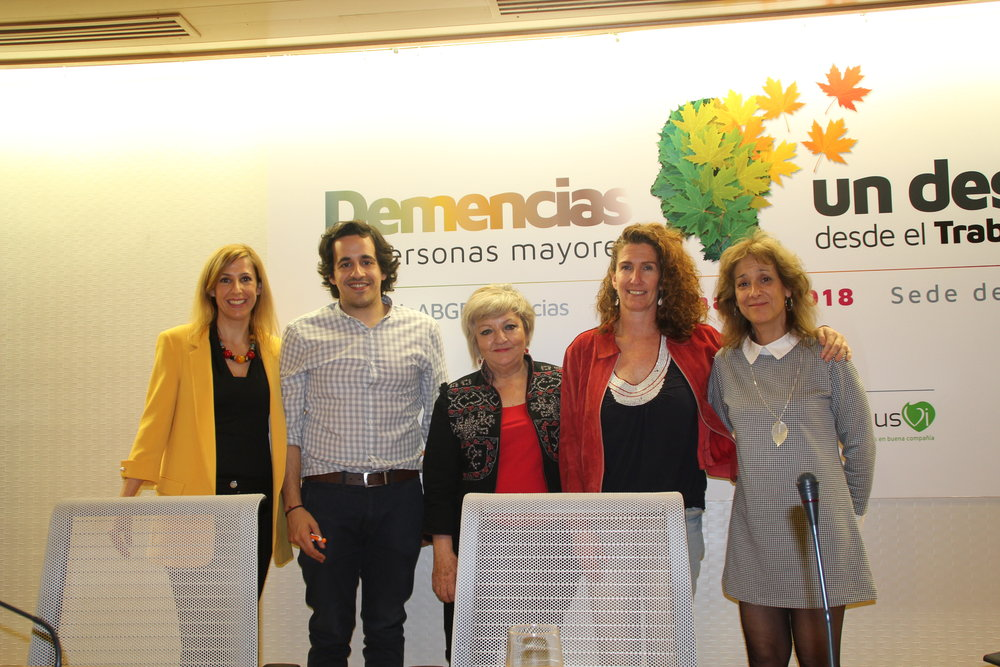 De izquierda a derecha: Silvia Sierra, Rubén Yusta, Carmen Balfagón, Marta Candel y Teresa Merlo.