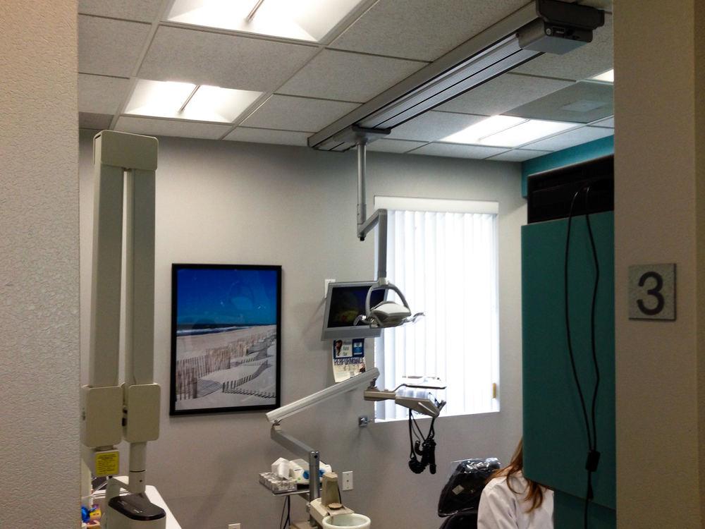 Compower Dentist Office LED Light Celing Indoor-105.jpg