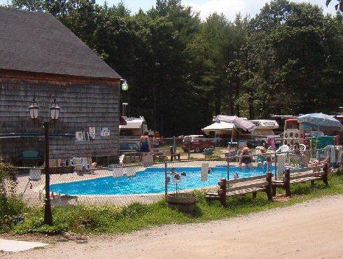 pool2003.jpg