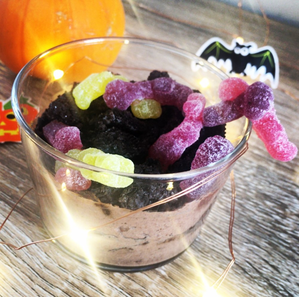 VEGAN Dirt Pudding: Quick and easy Halloween treat for you and your goblins!