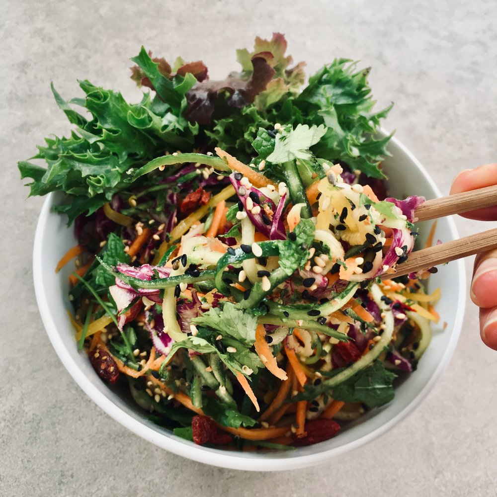 Crisp, fun and oh so yum, this simple tangled miso sesame salad with veggie noodles will have you begging for more #plantbased
