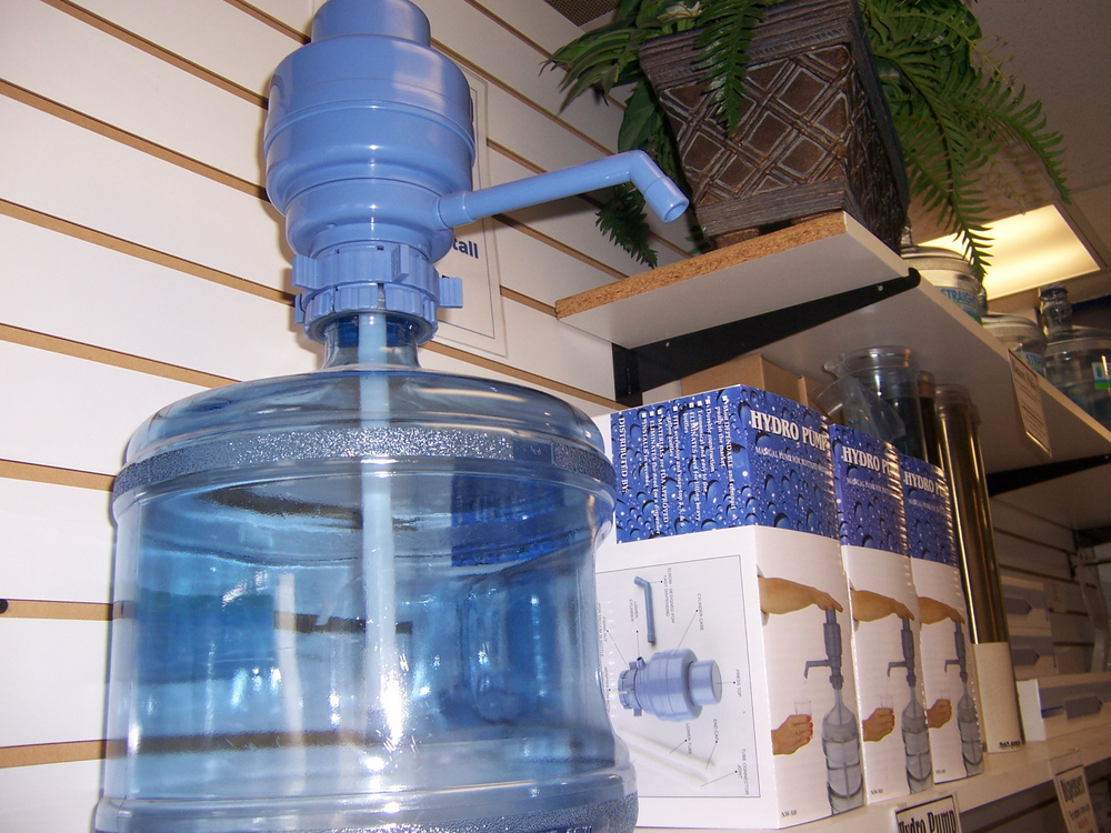 Hydro hand pump - fits 3,4 and 5 gallon bottles