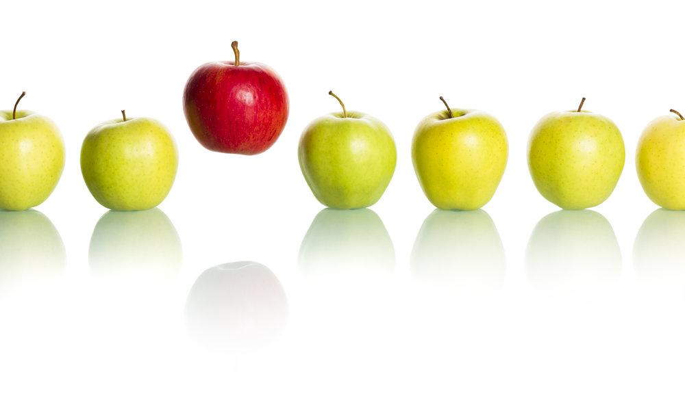 Roter Apfel hüpft.jpg