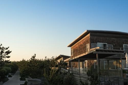 Should I Purchase Real Estate?