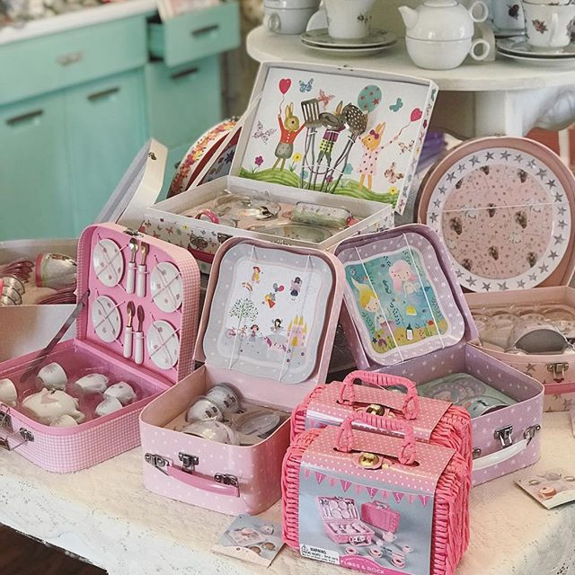 #Easter is coming! Can you imagine one of these scrumptious tea sets filled with spring treats from the Easter bunny? Sign me up! 😍🐰🍭