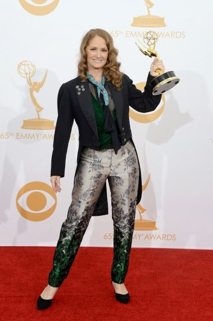 melissa-leo-emmy-red-carpet-fashionado