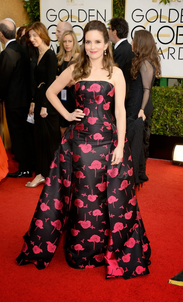 tina-fey-golden-globes-red-carpet-fashion-fashionado