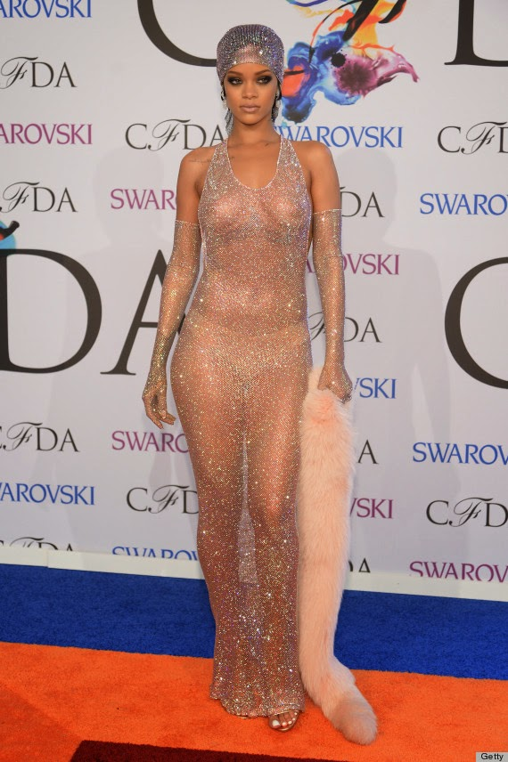 rihanna-fashion-icon-cfda-fashionado