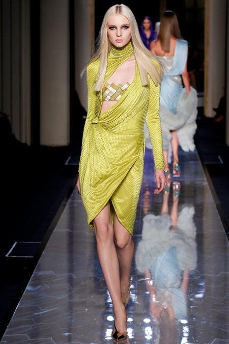 versace-couture-fashionado