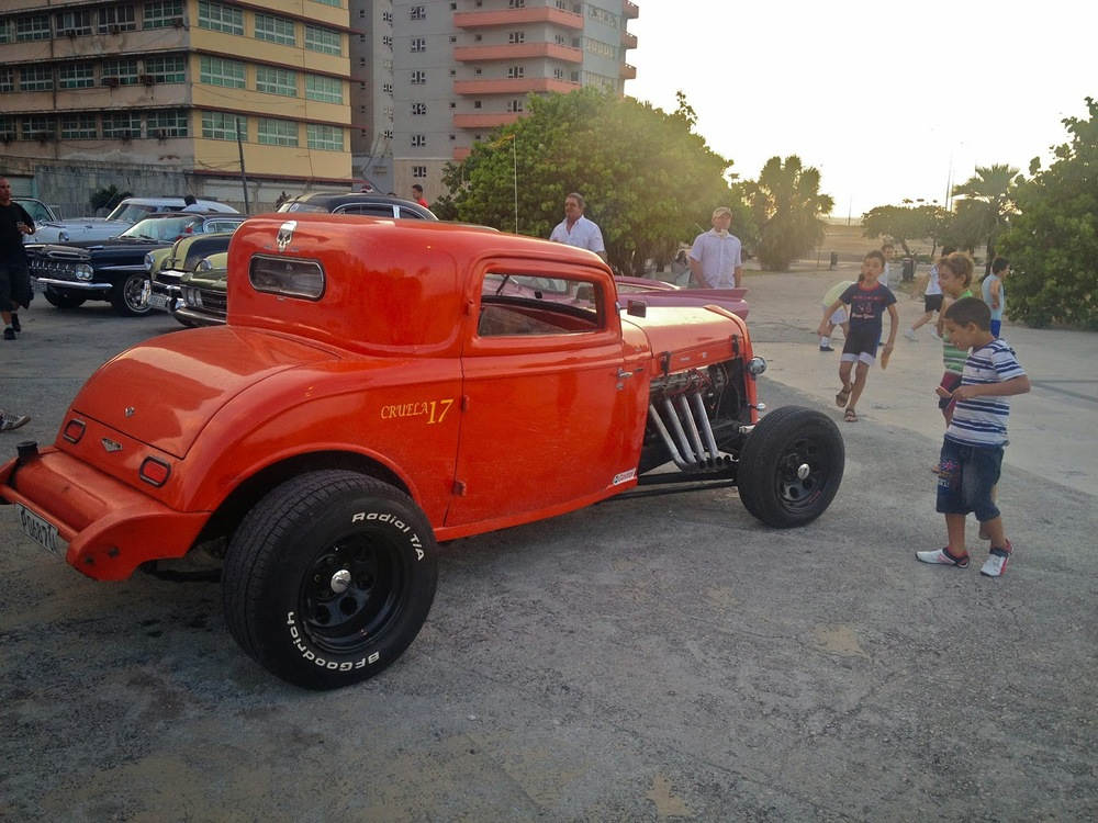 classic-cars-cuba-fashionado