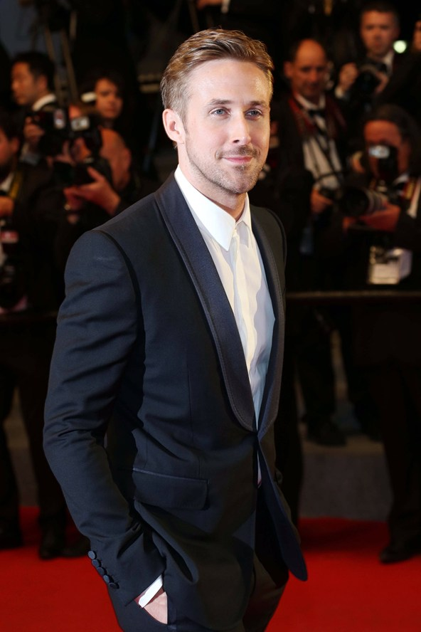 Ryan-Gosling-Vogue-21May14-Rex_b_592x888.jpg