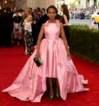 Kerry Washington is pretty in pink Prada & Harry Winston.