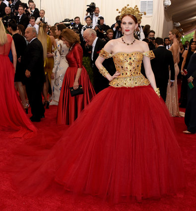 Karen Elson in Dolce & Gabbana.