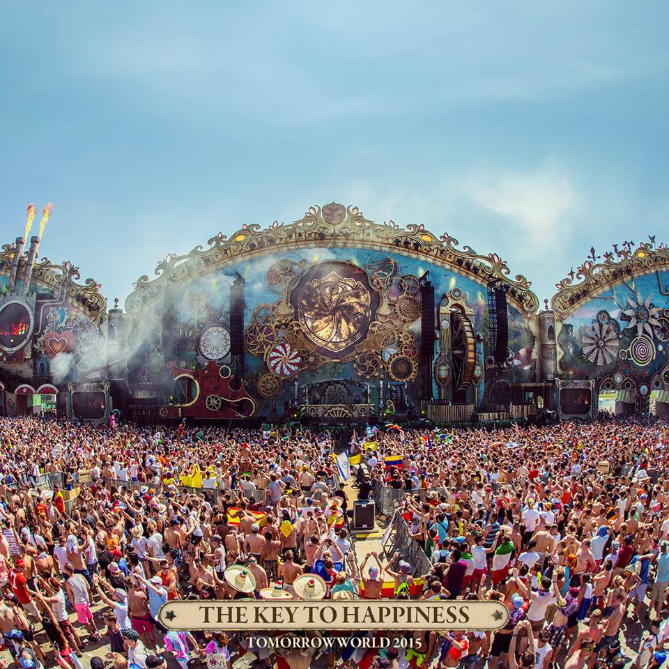 TomorrowWorld 2015 main stage