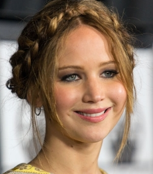 jennifer lawrence plaits fashionado