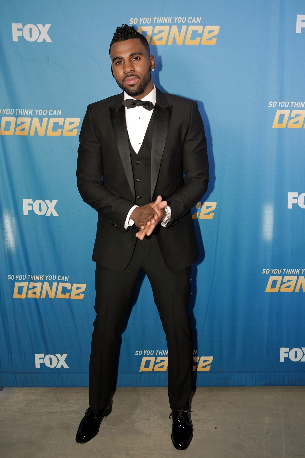 Jason Derulo      Head to Toe:  Dolce & Gabbana