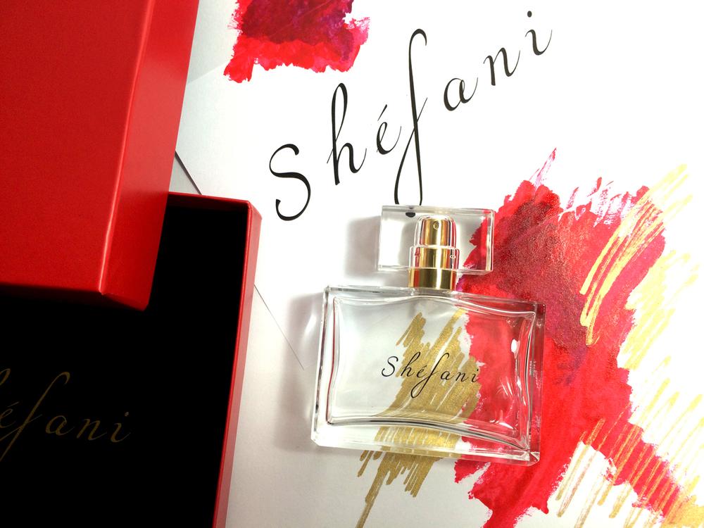 shefani fragrance gwen stefani blake shelton