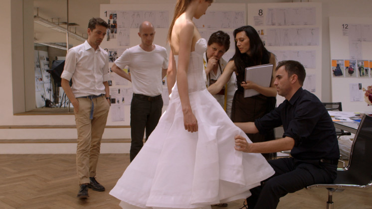 dior-and-i-bts-2-746x420.jpg