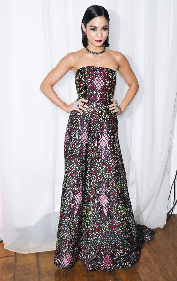 Vanessa Hudgens in alice + olivia gown