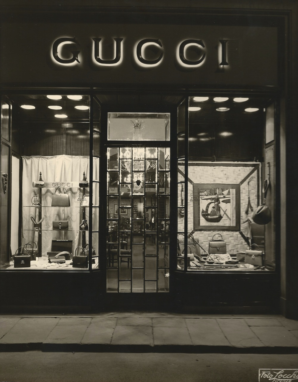 The Gucci shop in Florence c. 1950 (Patricia Gucci)