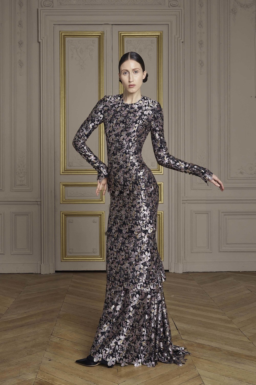 13-giles-deacon-couture.jpg