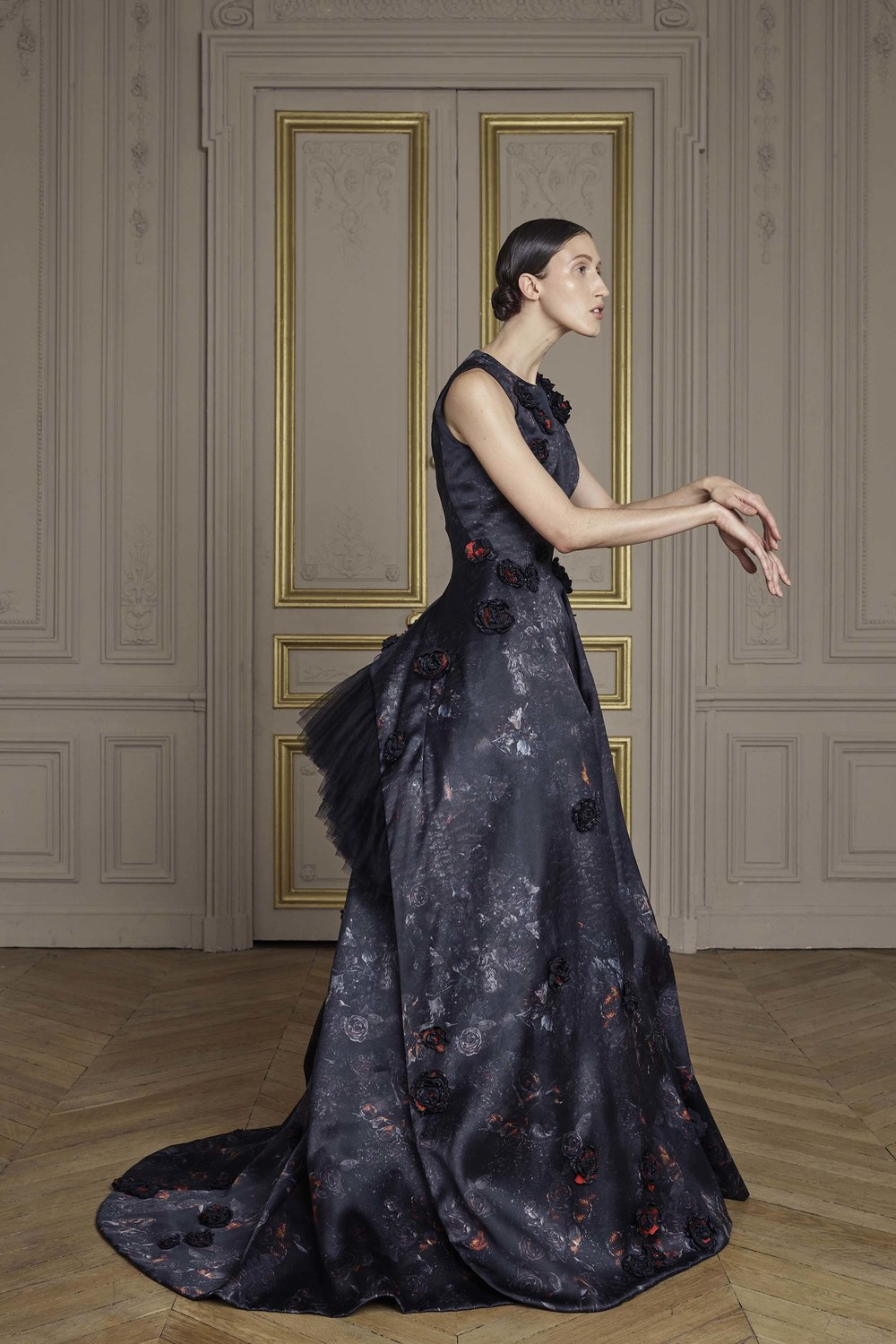 20-giles-deacon-couture.jpg