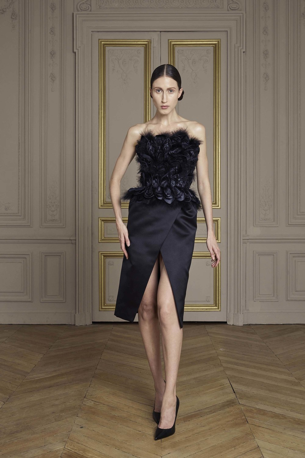 24-giles-deacon-couture.jpg