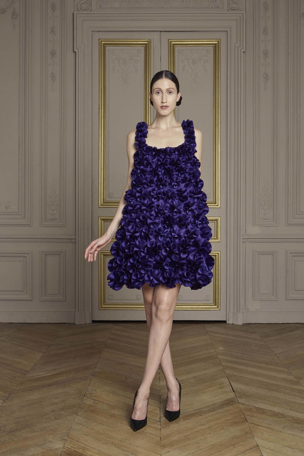 26-giles-deacon-couture.jpg