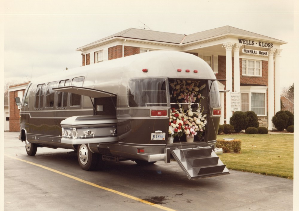 Here's the exterior view of the Airstream Funeral Coach, circa 1982. It was a decent idea, having one vehicle that could take the place of several.The flowers went into the rear hatch area, as shown, while the casket went into the side carrier space. Mourners rode inside the spacious passenger compartment, which was nicely trimmed and featured individual seats plus a couch at the rear.