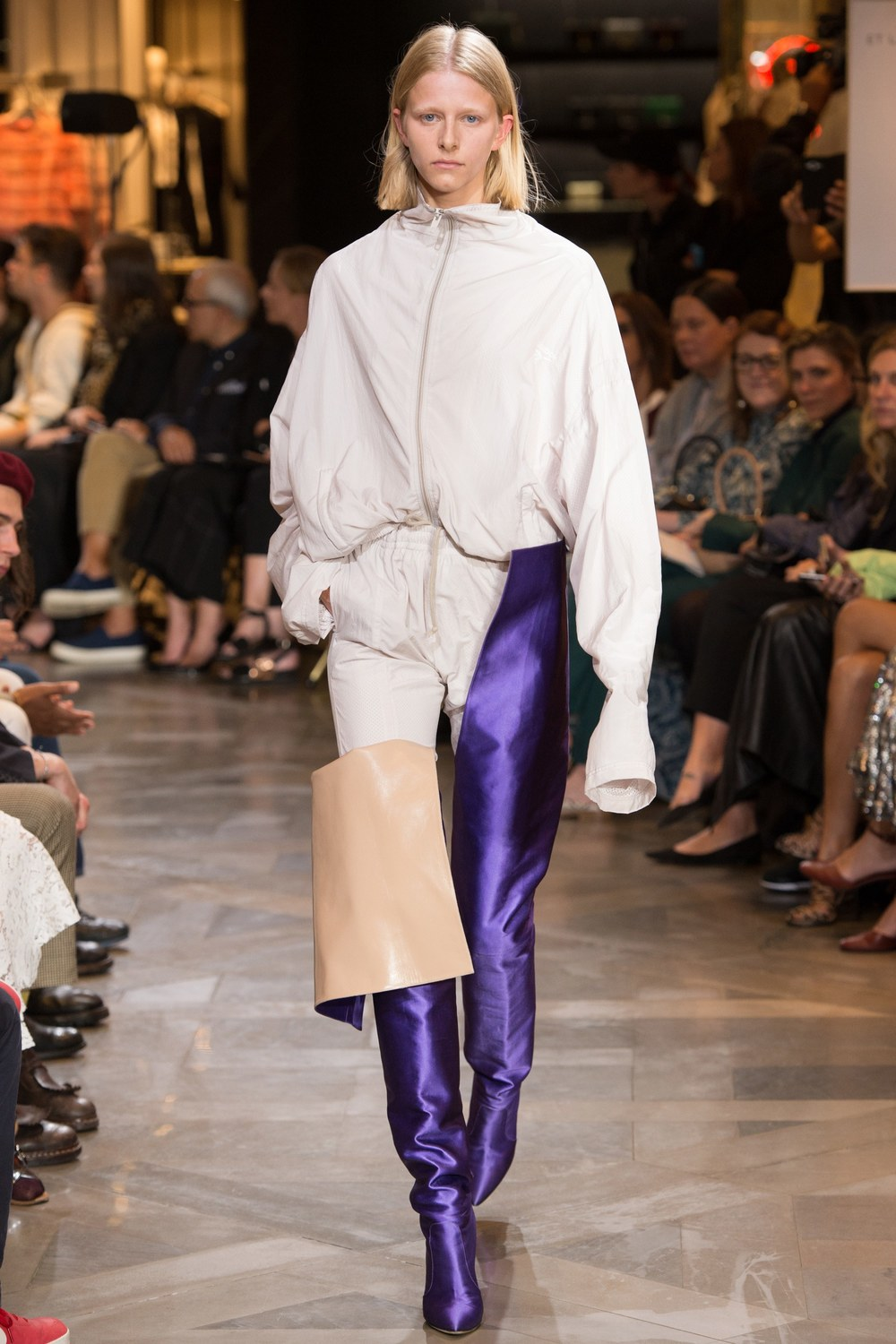 Vetements Fall 2017 Menswear & Couture