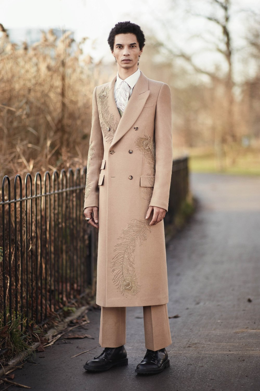 Alexander McQueen fall 2017 menswear