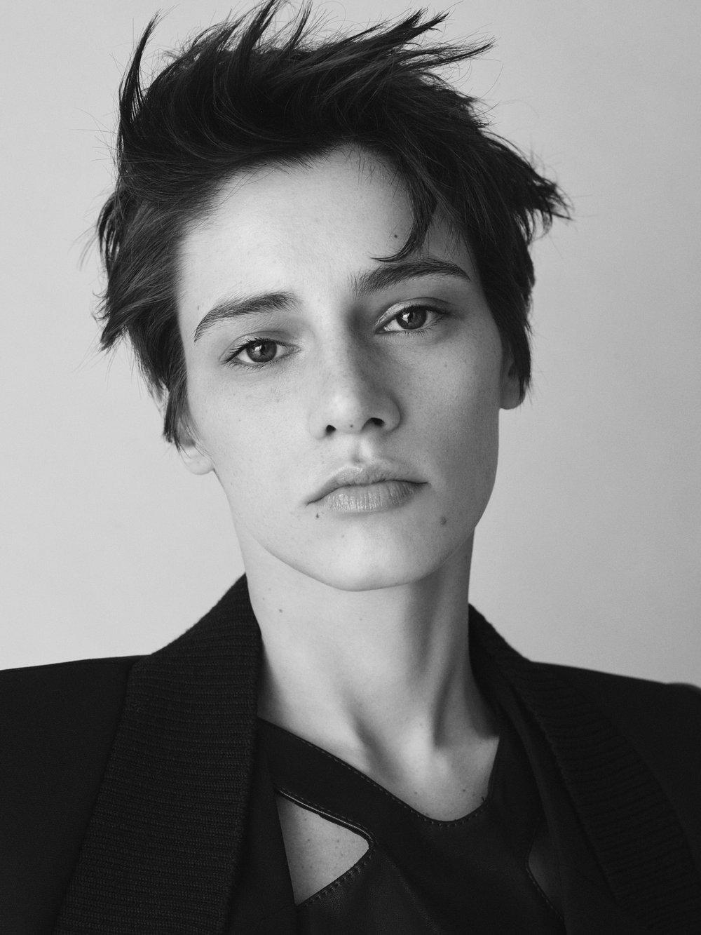 Barbara Bui Pre-Fall 2017