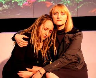 Rylee Bunton (from left), Kristin Storla. Photo: Elisabeth Cooper